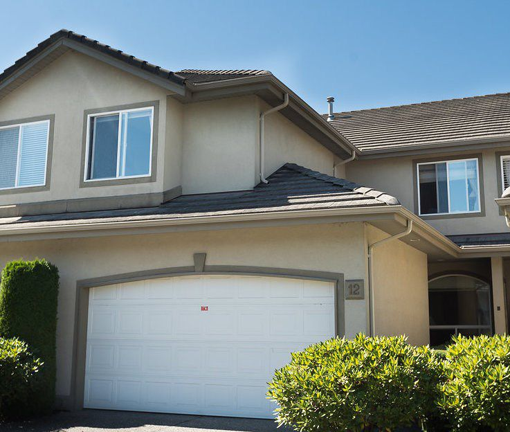 """Main Photo: 12 998 RIVERSIDE Drive in Port Coquitlam: Riverwood Townhouse for sale in """"PARKSIDE PLACE"""" : MLS®# R2202284"""