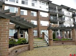 Main Photo: 304 46289 YALE ROAD in Chilliwack: Chilliwack E Young-Yale Condo for sale : MLS®# R2208196