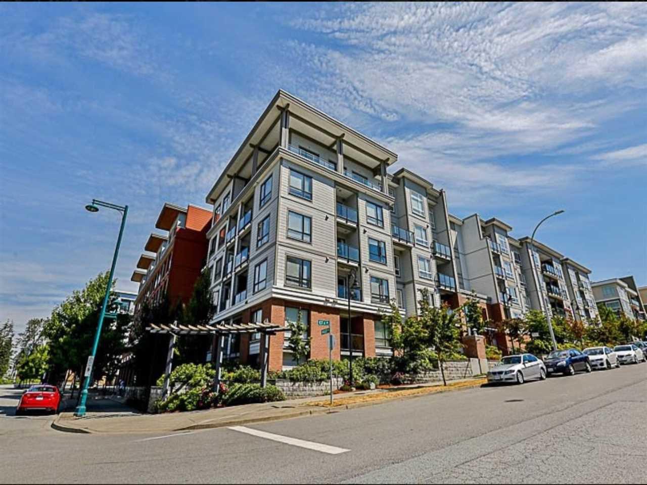 Main Photo: 536 13733 107A Avenue in Surrey: Whalley Condo for sale (North Surrey)  : MLS®# R2237310