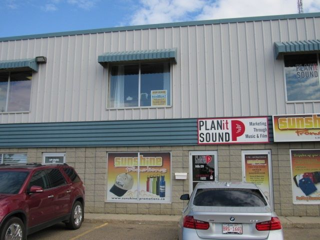 Main Photo: 250 44 RIEL Drive: St. Albert Office for lease : MLS®# E4100569