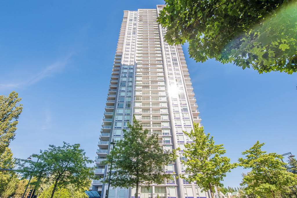"Main Photo: 3910 13696 100 Avenue in Surrey: Whalley Condo for sale in ""Park Ave West"" (North Surrey)  : MLS®# R2289448"