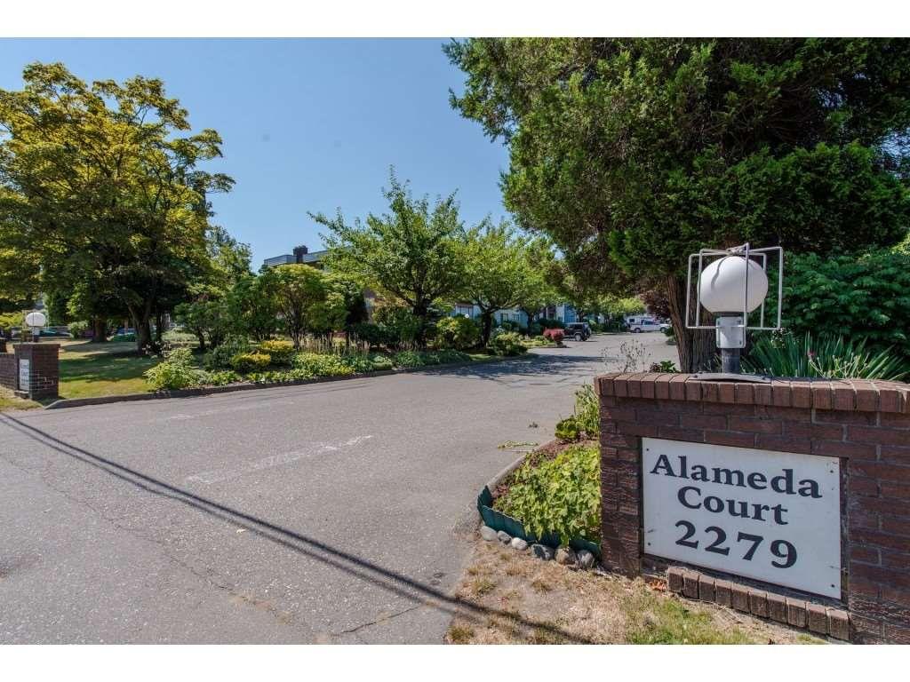 "Main Photo: 207 2279 MCCALLUM Road in Abbotsford: Central Abbotsford Condo for sale in ""Alameda Court"" : MLS®# R2291996"