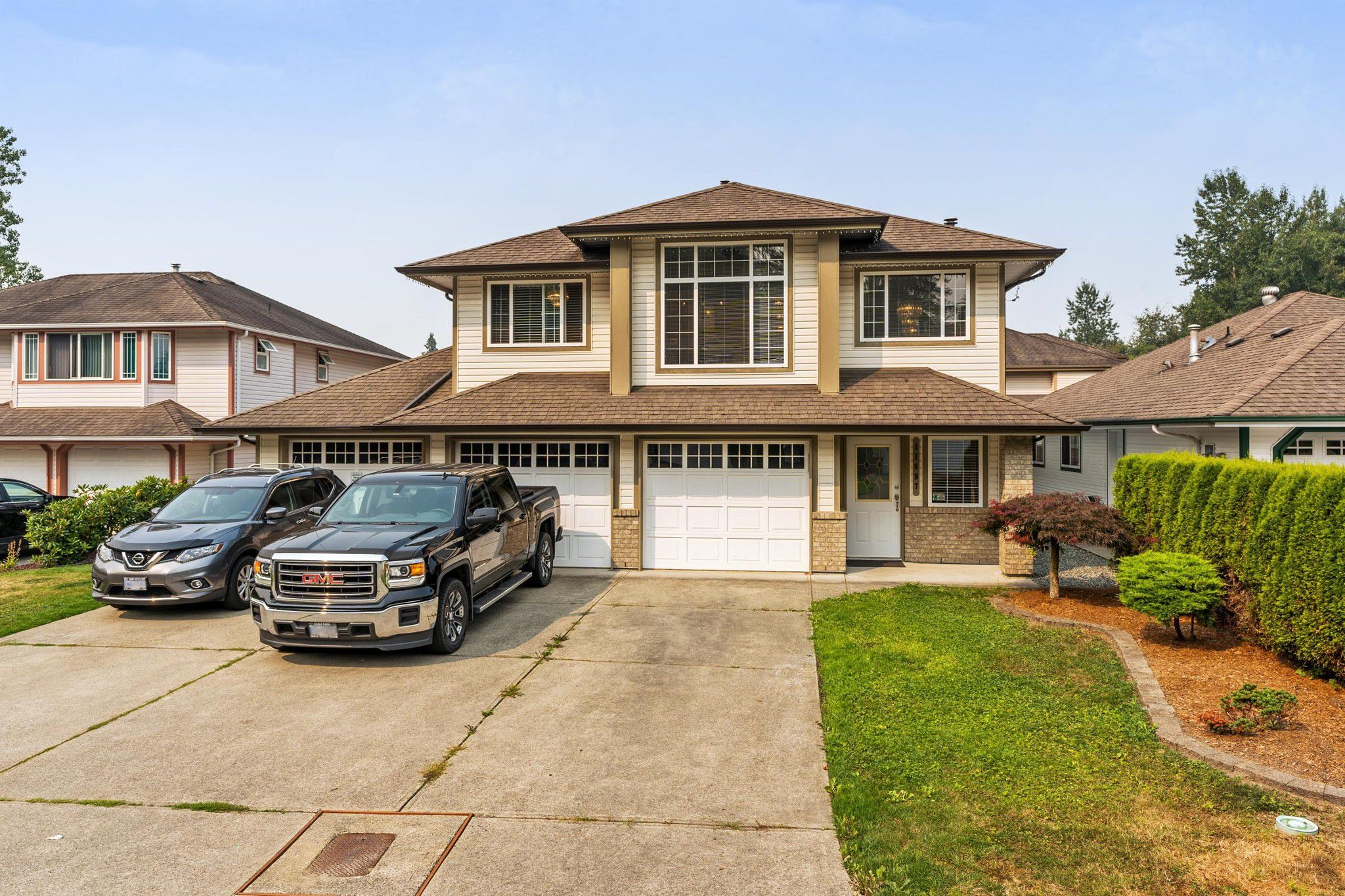 Main Photo: 11897 237 Street in Maple Ridge: Cottonwood MR House for sale : MLS®# R2299974