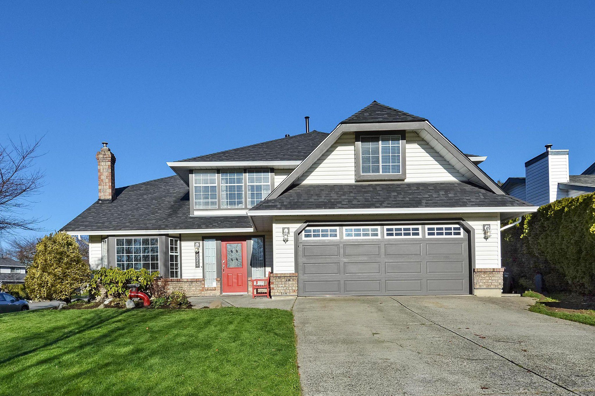 """Main Photo: 16953 58A Avenue in Surrey: Cloverdale BC House for sale in """"JERSEY HILLS ESTATES"""" (Cloverdale)  : MLS®# R2326245"""