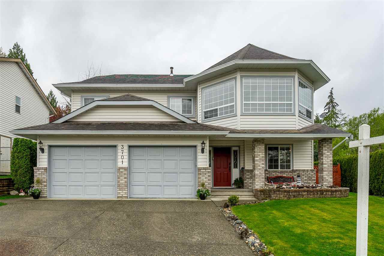 Main Photo: 3701 LATIMER Street in Abbotsford: Abbotsford East House for sale : MLS®# R2360589
