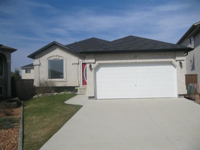 Main Photo: 31 Fenwick Place in WINNIPEG: Fort Garry / Whyte Ridge / St Norbert Residential for sale (South Winnipeg)  : MLS®# 1108233