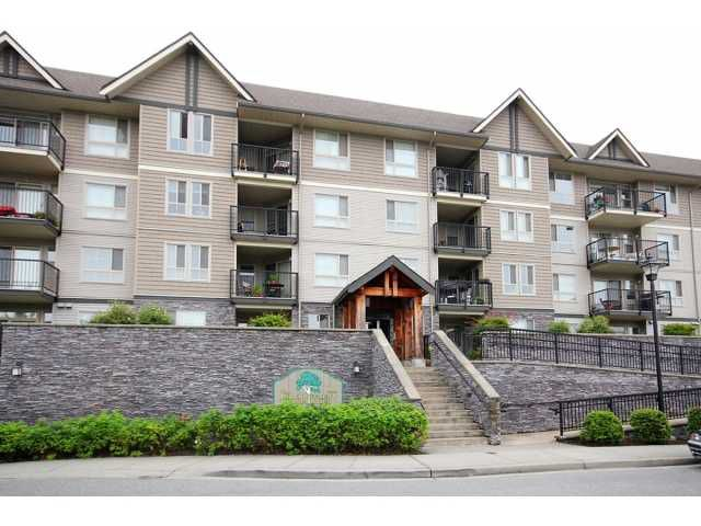 Main Photo: # 304 9000 BIRCH ST in Chilliwack: Chilliwack W Young-Well Condo for sale : MLS®# H1302406