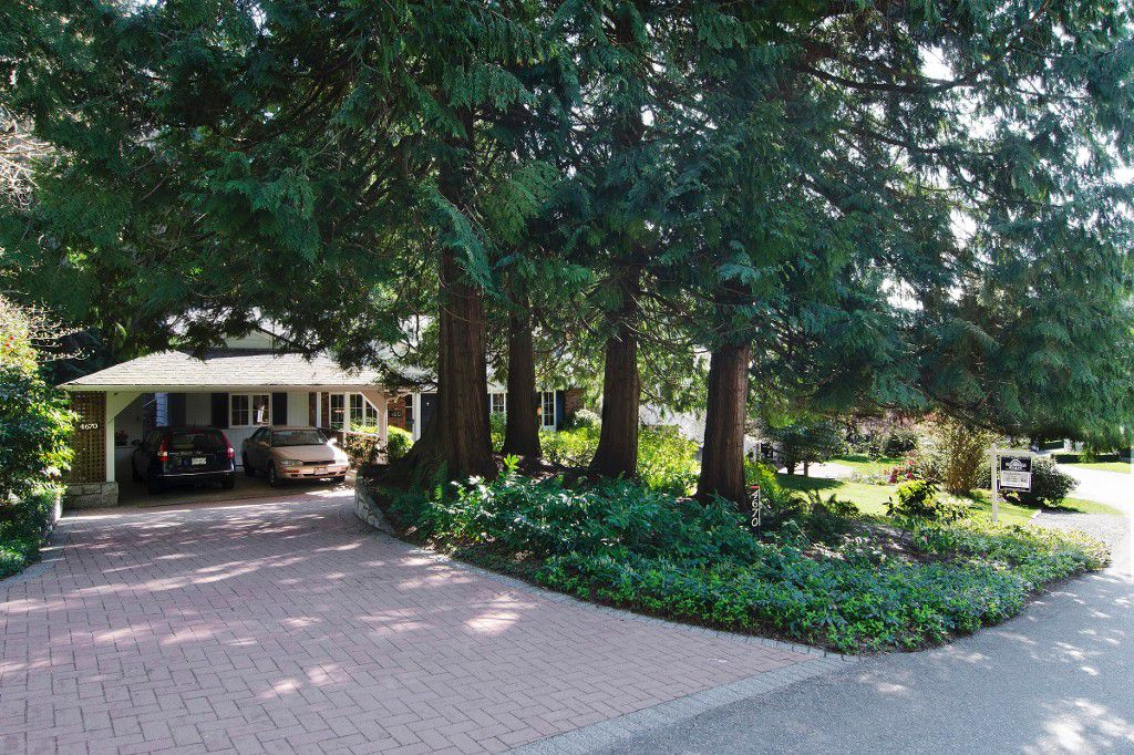 Main Photo: 4670 PICCADILLY NORTH in West Vancouver: Caulfield House for sale : MLS®# R2052799