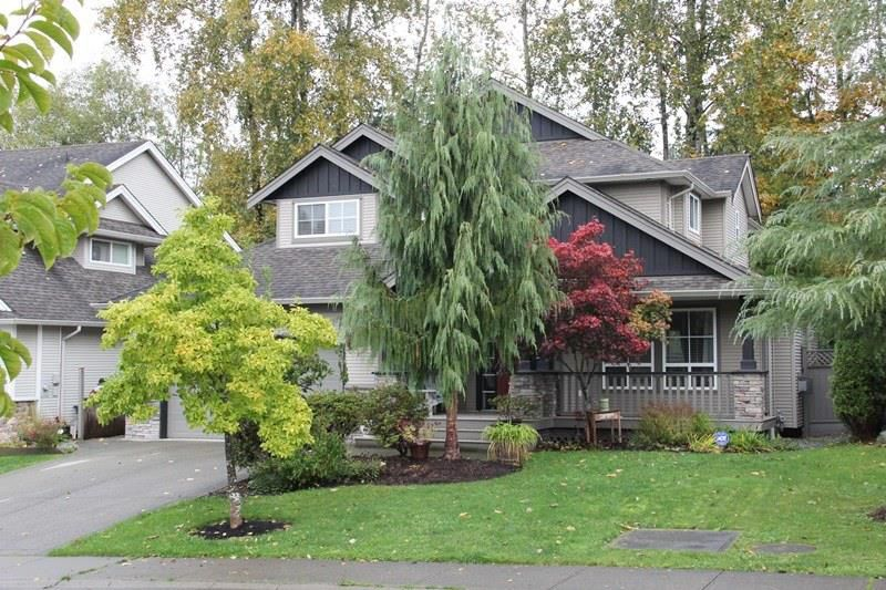 "Main Photo: 4926 217B Street in Langley: Murrayville House for sale in ""Creekside"" : MLS®# R2118353"