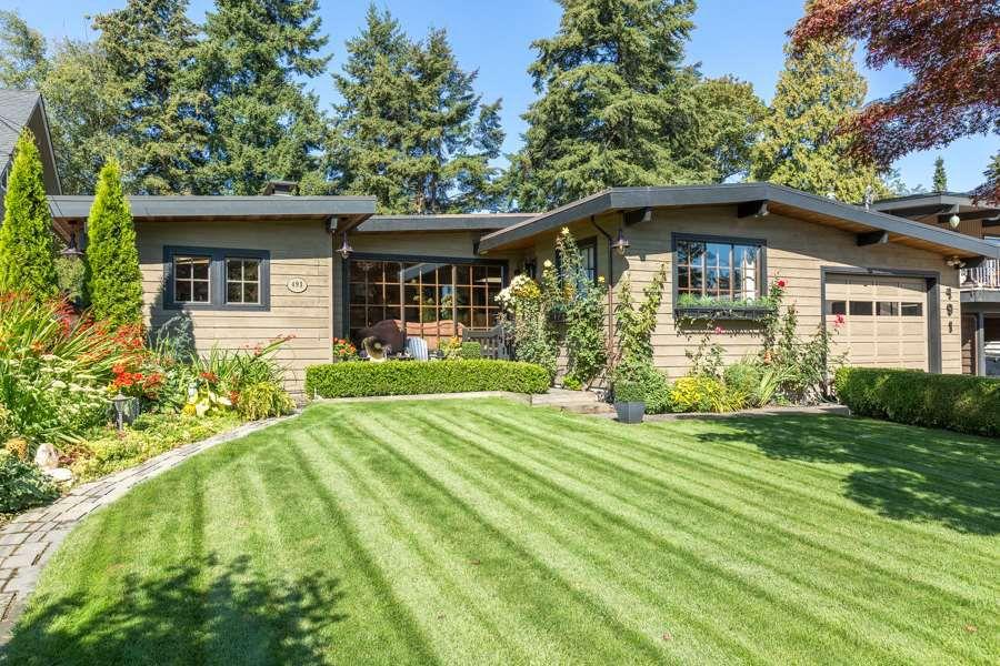 Main Photo: 491 55A Street in Delta: Pebble Hill House for sale (Tsawwassen)  : MLS®# R2130052