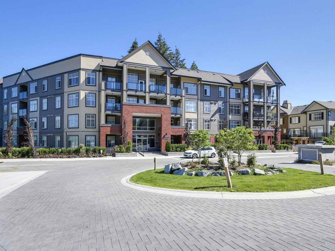 "Main Photo: 306 2855 156 Street in Surrey: Grandview Surrey Condo for sale in ""THE HEIGHTS CONDOS BY LAKEWOOD"" (South Surrey White Rock)  : MLS®# R2181903"