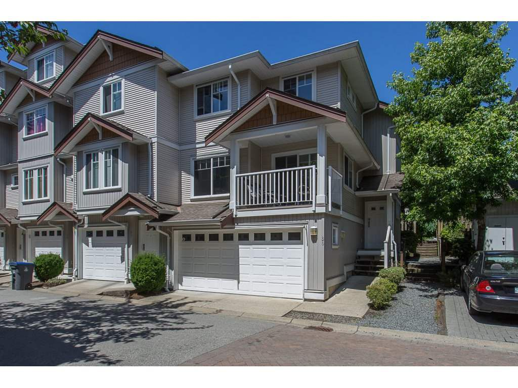 "Main Photo: 86 12711 64 Avenue in Surrey: West Newton Townhouse for sale in ""PALETTE ON THE PARK"" : MLS®# R2184073"