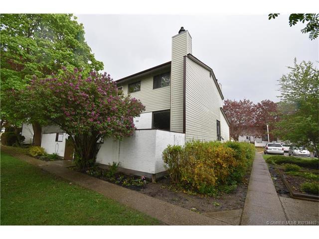 Main Photo: 308 2100 43 Avenue in Vernon: Harwood House for sale (North Okanagan)  : MLS®# 10134465