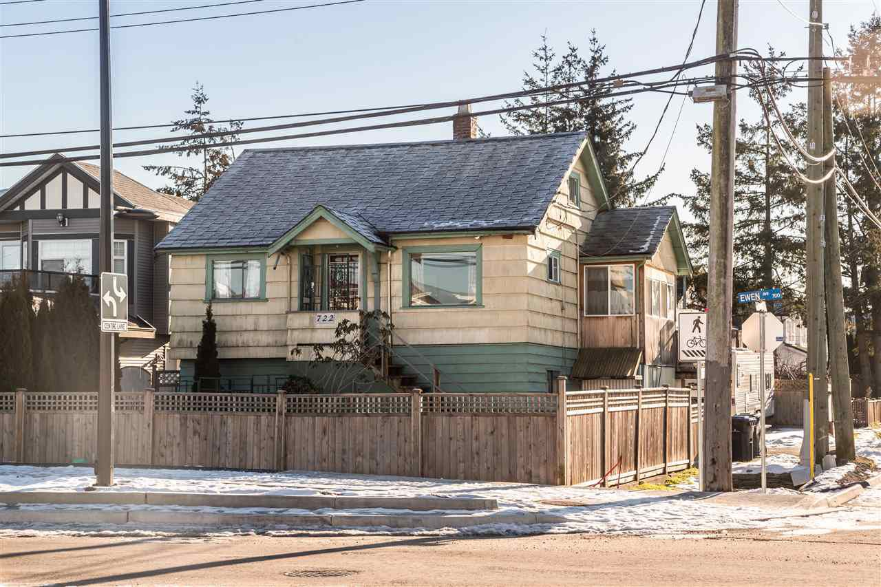 Main Photo: 722 EWEN Avenue in New Westminster: Queensborough House for sale : MLS®# R2244646