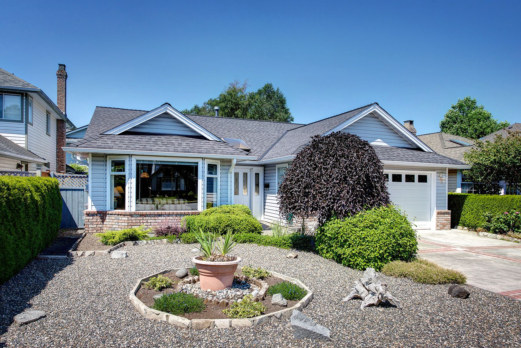 Main Photo: 4441 62 Street in Delta: Holly House for sale (Ladner)  : MLS®# R2282141