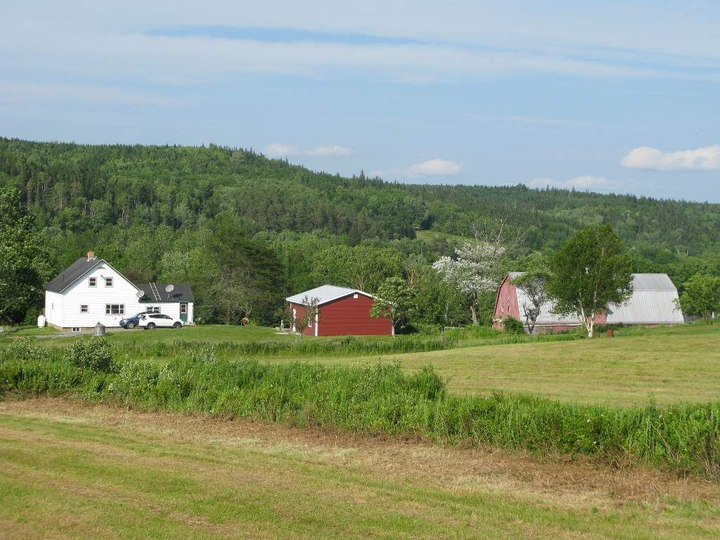 Main Photo: 2929 East River West Side Road in Glencoe: 108-Rural Pictou County Farm for sale (Northern Region)  : MLS®# 201818211