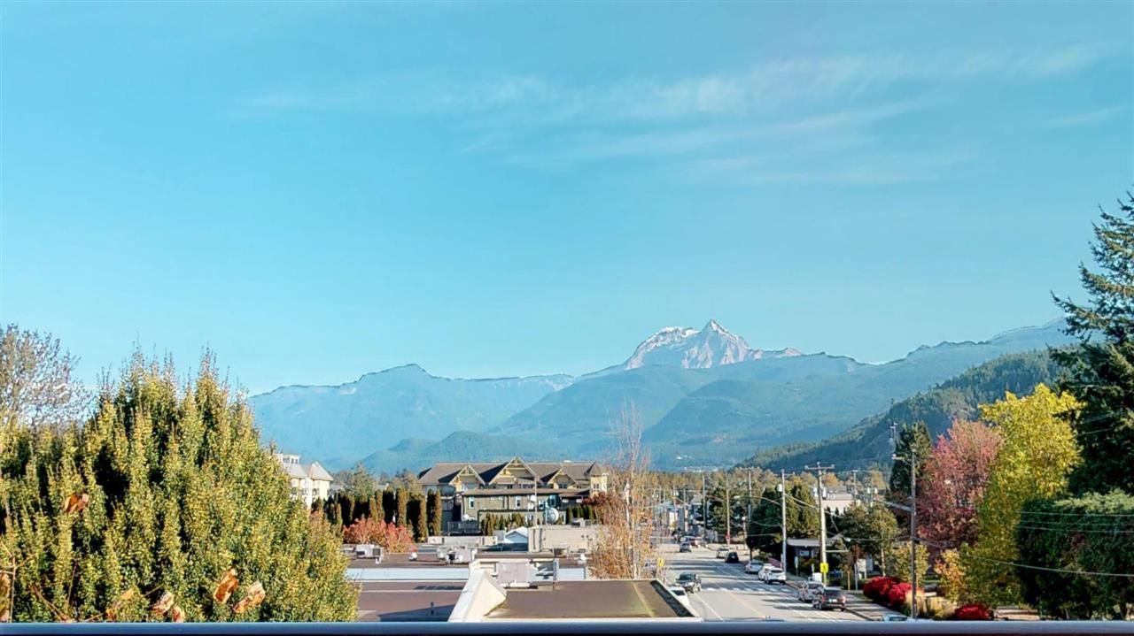"Main Photo: 311 1336 MAIN Street in Squamish: Downtown SQ Condo for sale in ""Artisan"" : MLS®# R2315766"