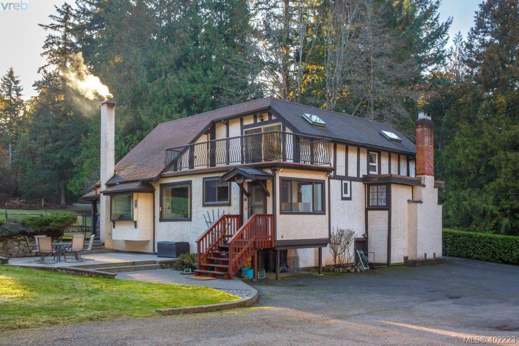 Main Photo: 8355 West Saanich Road in SAANICHTON: CS Saanichton Single Family Detached for sale (Central Saanich)  : MLS®# 402223