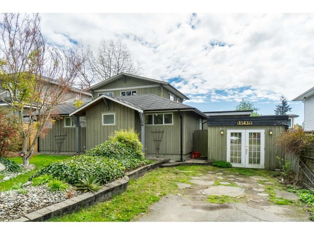 Main Photo: 15430 ROPER Avenue: White Rock House for sale (South Surrey White Rock)  : MLS®# R2358941