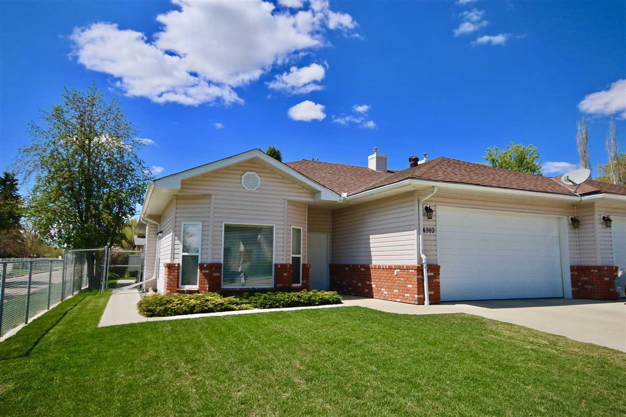 Main Photo: 4302 53 Street: Wetaskiwin House Half Duplex for sale : MLS®# E4154129