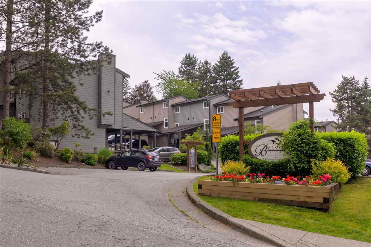 "Main Photo: 287 BALMORAL Place in Port Moody: North Shore Pt Moody Townhouse for sale in ""BALMORAL PLACE"" : MLS®# R2378595"