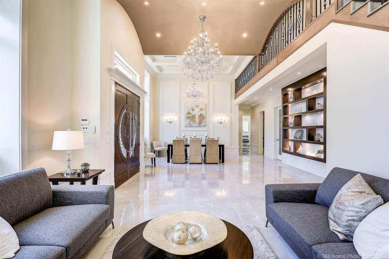"Main Photo: 3471 ROSAMOND Avenue in Richmond: Seafair House for sale in ""SEAFAIR"" : MLS®# R2383075"