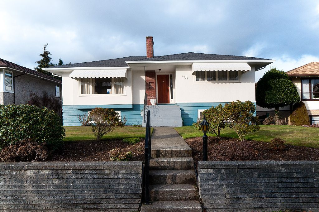 Main Photo: 4035 W 28TH Avenue in Vancouver: Dunbar House for sale (Vancouver West)  : MLS®# V869100