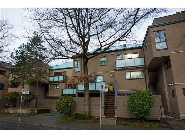 Main Photo: 699 MOBERLY Road in Vancouver: False Creek Condo for sale (Vancouver West)  : MLS®# V991977
