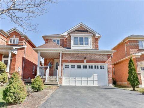 Main Photo: 16 Sunny Glen Crest in Brampton: Northwest Sandalwood Parkway House (2-Storey) for sale : MLS®# W3196377