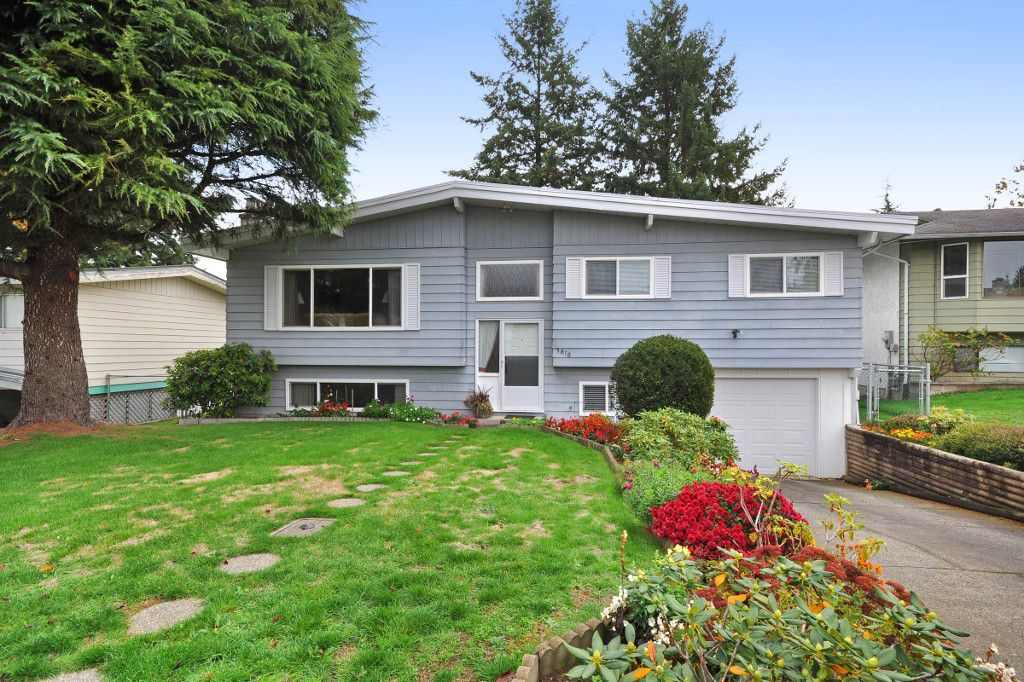 Main Photo: 3818 CHADSEY Crescent in Abbotsford: Central Abbotsford House for sale : MLS®# R2009421