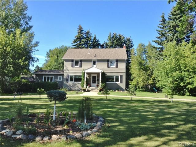 Main Photo: 21 River Avenue West in DAUPHIN: Manitoba Other Residential for sale : MLS®# 1529580