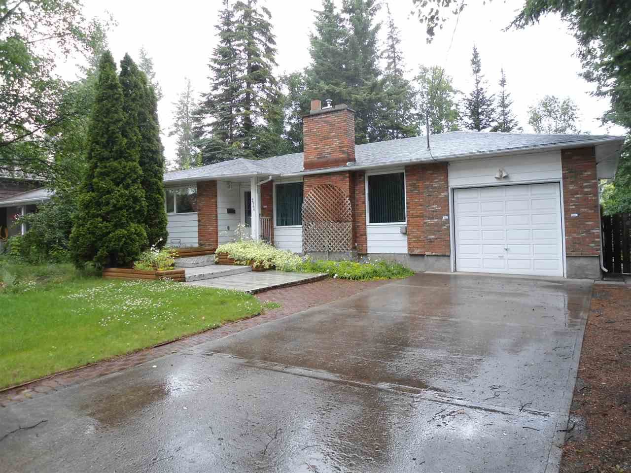 Main Photo: 2966 BERWICK Drive in Prince George: Hart Highlands House for sale (PG City North (Zone 73))  : MLS®# R2089607