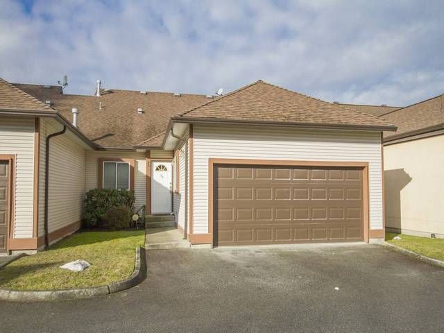 Main Photo: 33 23151 HANEY Bypass in Maple Ridge: East Central Townhouse for sale : MLS®# R2140897