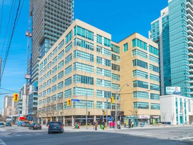 Main Photo: 310 188 E Eglinton Avenue in Toronto: Mount Pleasant West Condo for sale (Toronto C10)  : MLS®# C3734781