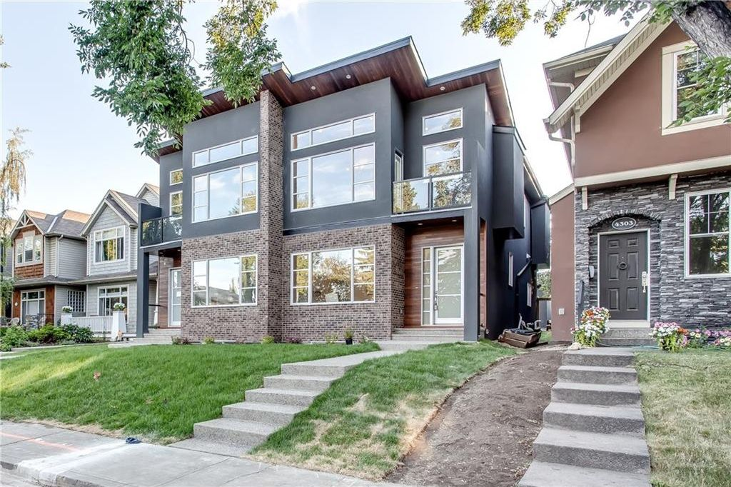 Main Photo: 4305 16A Street SW in Calgary: Altadore House for sale : MLS®# C4126344