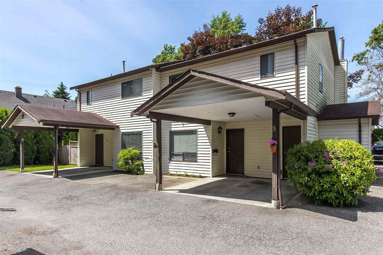 """Main Photo: 9 4840 207 Street in Langley: Langley City Townhouse for sale in """"CEDARBROK COURT"""" : MLS®# R2186385"""