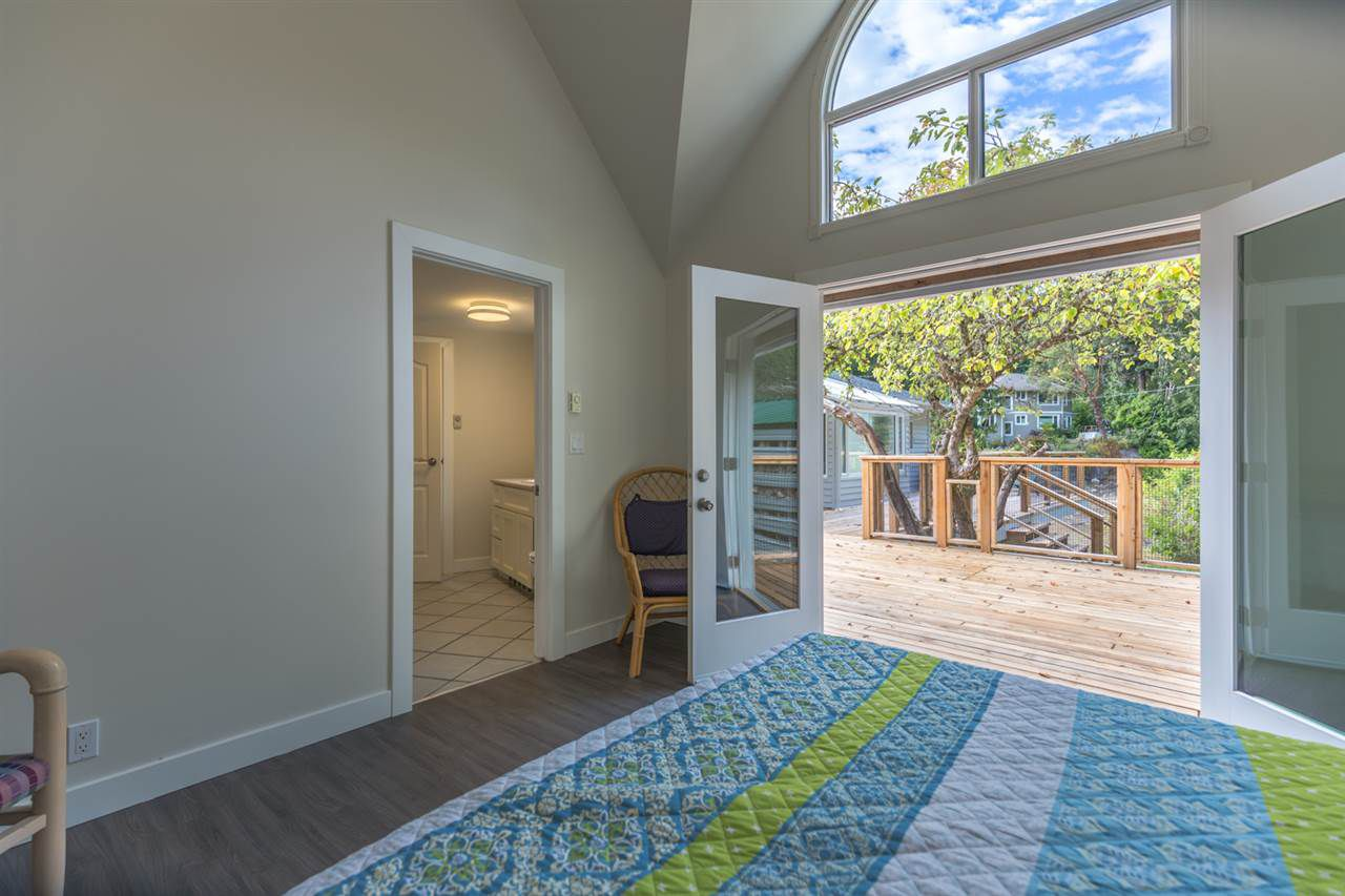 Photo 4: Photos: 5675 RUTHERFORD Road in Halfmoon Bay: Halfmn Bay Secret Cv Redroofs House for sale (Sunshine Coast)  : MLS®# R2207519