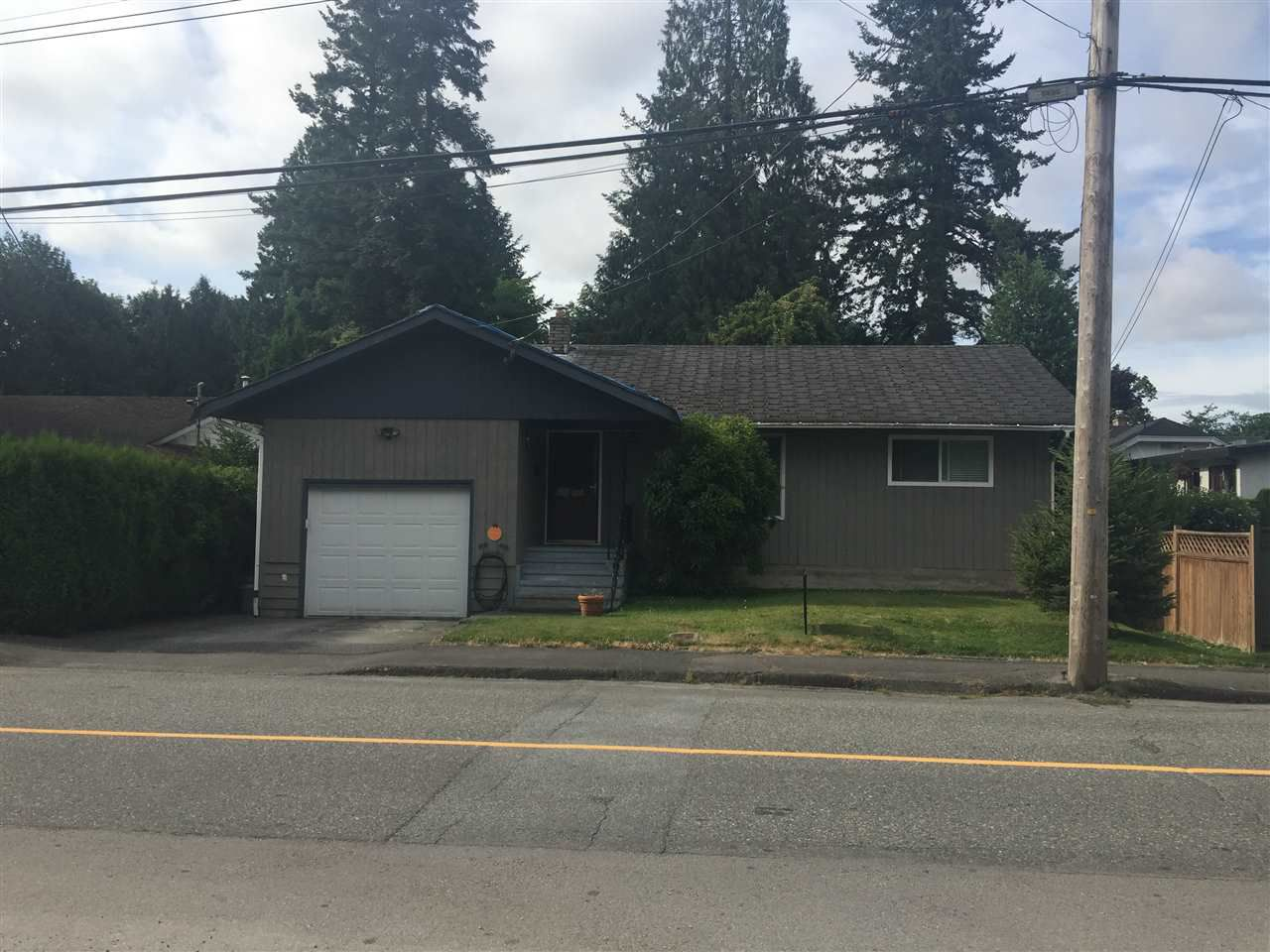 Main Photo: 33986 WALNUT Avenue in Abbotsford: Central Abbotsford House for sale : MLS®# R2224103