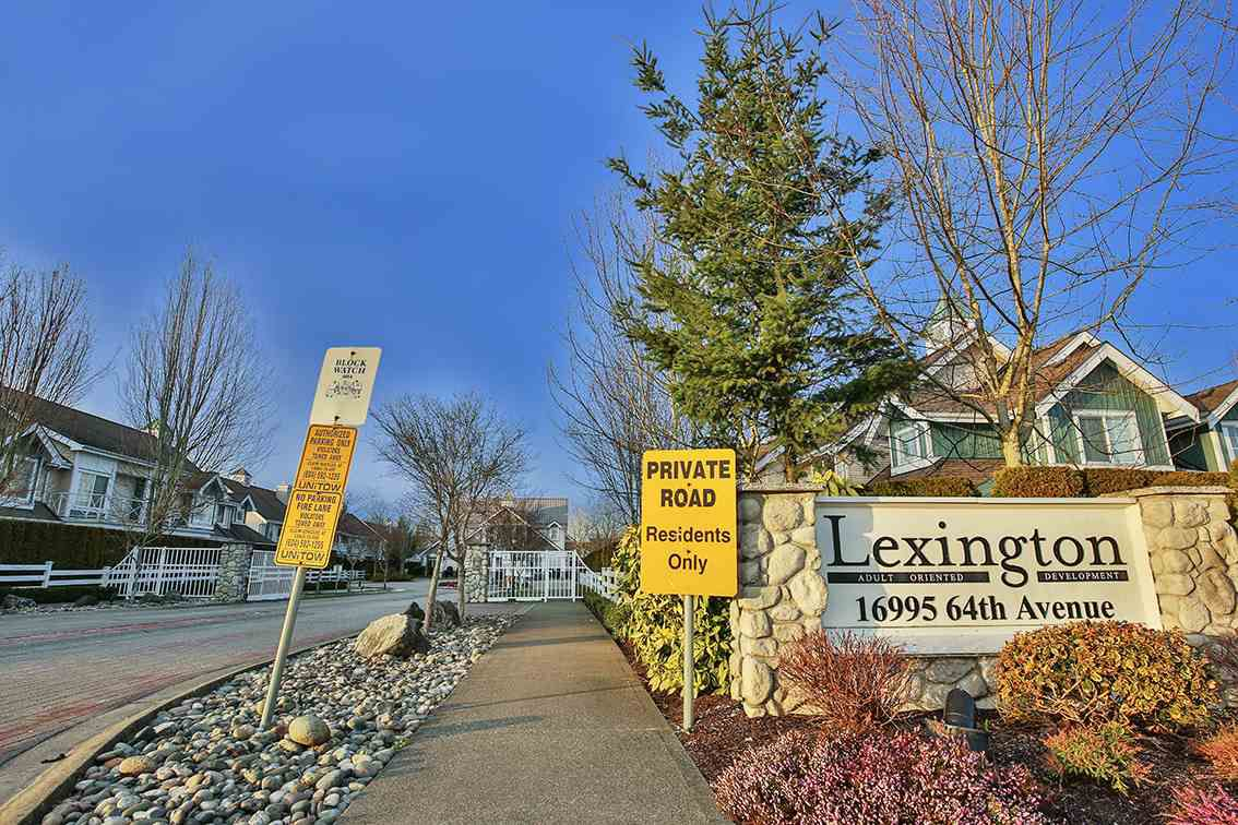 Main Photo: 104 16995 64 AVENUE in Surrey: Cloverdale BC Townhouse for sale (Cloverdale)  : MLS®# R2240642