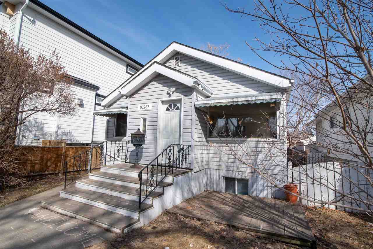 Main Photo: 10237 148 Street in Edmonton: Zone 21 House for sale : MLS®# E4142604