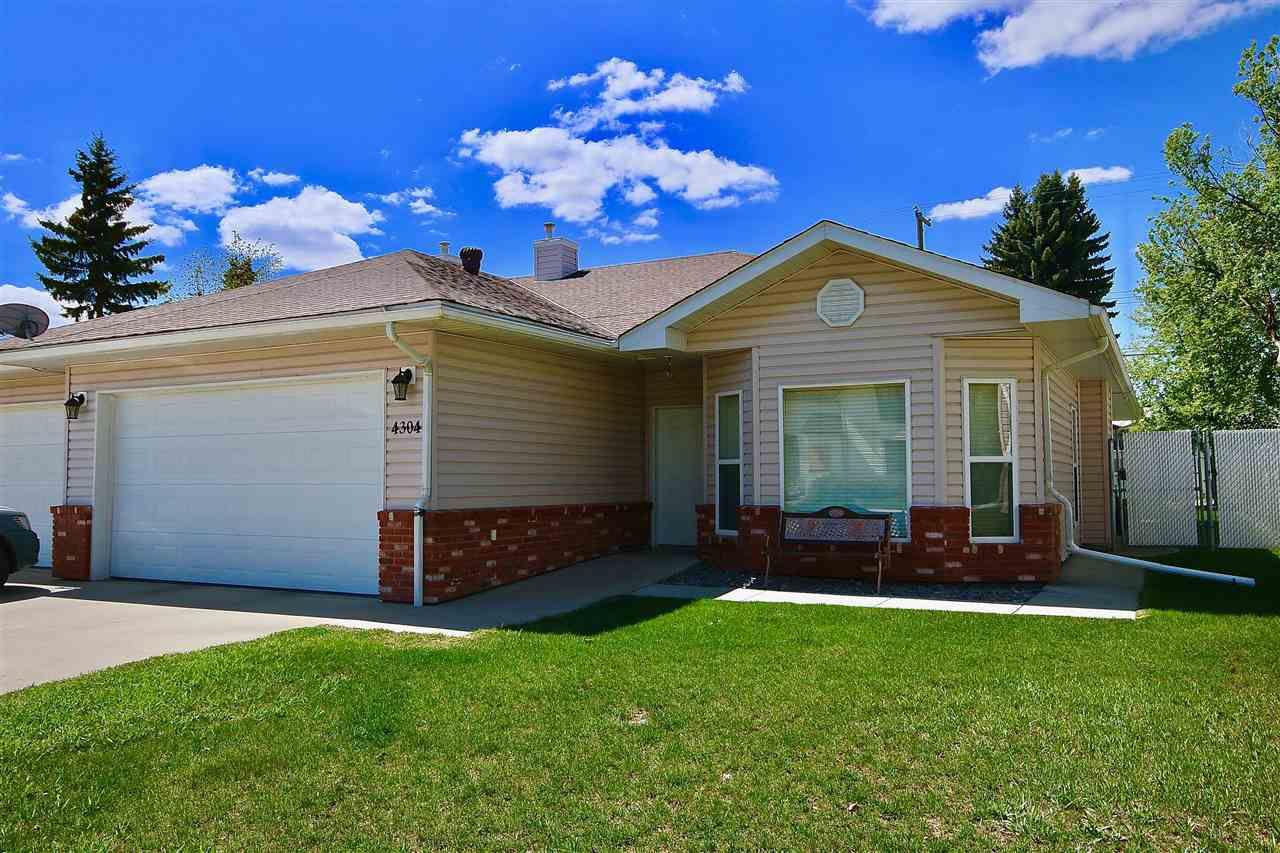Main Photo: 4304 53 Street: Wetaskiwin House Half Duplex for sale : MLS®# E4154136