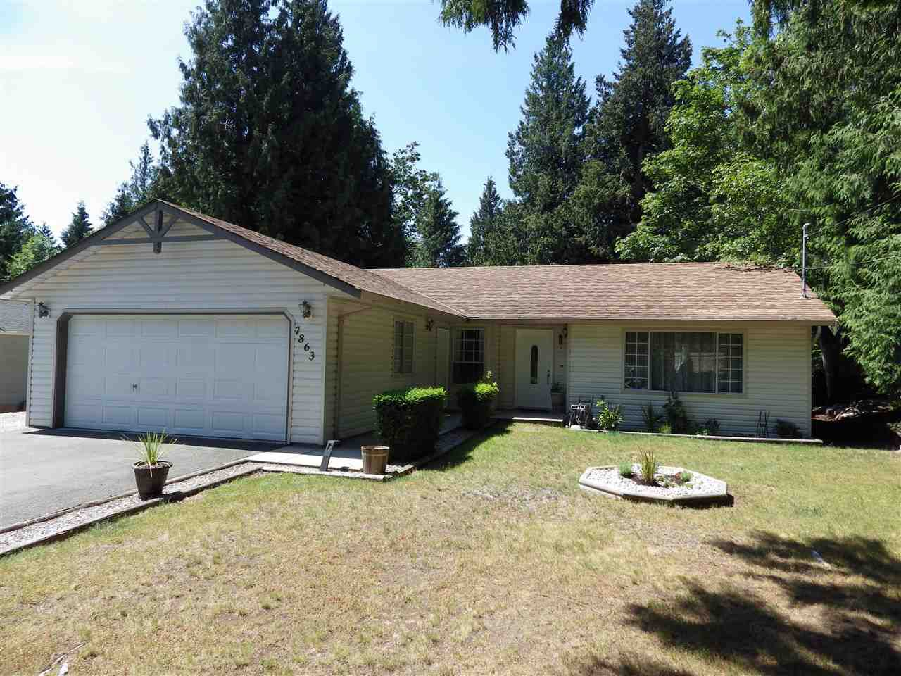Main Photo: 7863 FAWN Road in Halfmoon Bay: Halfmn Bay Secret Cv Redroofs House for sale (Sunshine Coast)  : MLS®# R2375665
