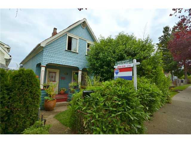 "Main Photo: 619 E 30TH Avenue in Vancouver: Fraser VE House for sale in ""Riley Park"" (Vancouver East)  : MLS®# V899680"