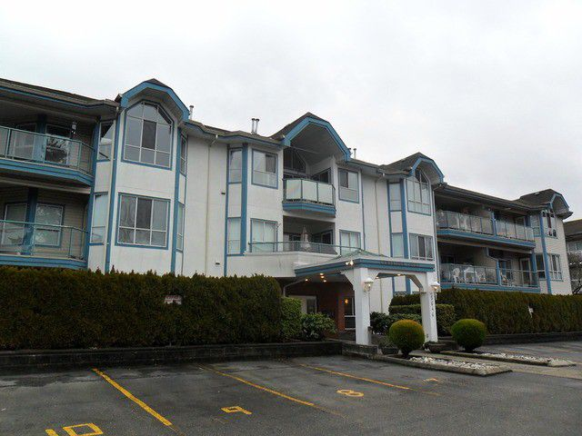 """Main Photo: # 306 5646 200TH ST in Langley: Langley City Condo for sale in """"The Cambridge"""" : MLS®# F1400880"""