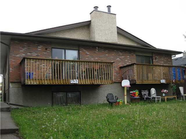 Main Photo: A B 1515 36 Street SE in CALGARY: Radisson Heights Duplex Side By Side for sale (Calgary)  : MLS®# C3620691