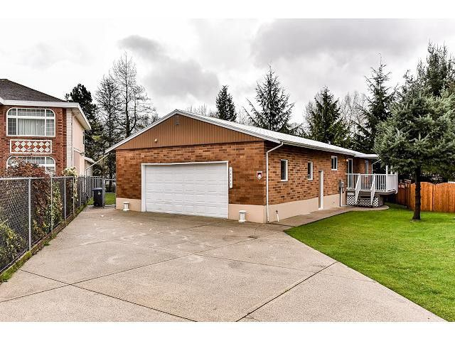 Main Photo: 14352 91ST Avenue in Surrey: Bear Creek Green Timbers House for sale : MLS®# F1435891