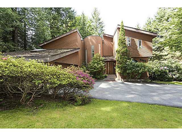 Main Photo: 8565 BEDORA Place in West Vancouver: Howe Sound House for sale : MLS®# V1122089