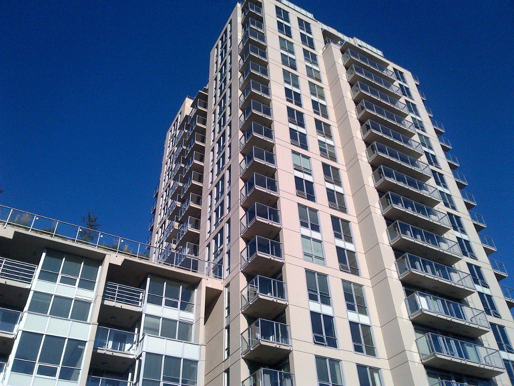 Main Photo: 1204 135 E 17TH Street in North Vancouver: Central Lonsdale Condo for sale : MLS®# R2017524