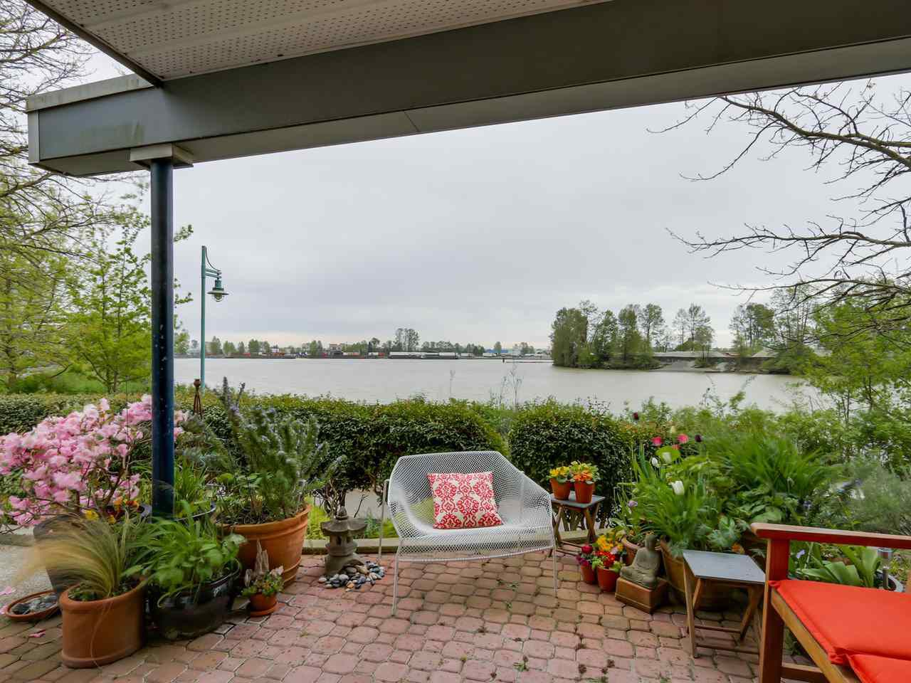 """Main Photo: 108 1880 E KENT AVENUE SOUTH in Vancouver: Fraserview VE Condo for sale in """"PILOT HOUSE AT TUGBOAT LANDING"""" (Vancouver East)  : MLS®# R2057021"""