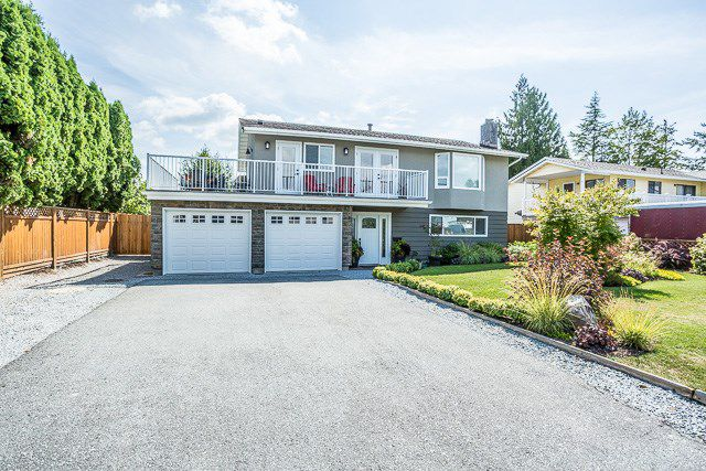 Main Photo: 22972 123 Avenue in Maple Ridge: East Central House for sale : MLS®# R2197434